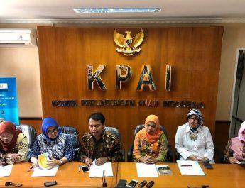 "KEMENPAR Dan KPAI Himbau Masyarakat Wujudkan ""Wisata Ramah Anak"""