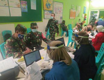 Personel Kodim 0830/Surabaya Utara Terima Suntik Vaksin Tahap Pertama